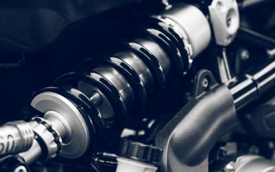 ¿Cuándo debes cambiar los amortiguadores del coche?